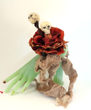 corsage-with-skulls